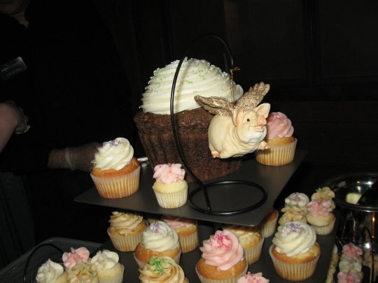 Top of the cupcake tower, with flying pig